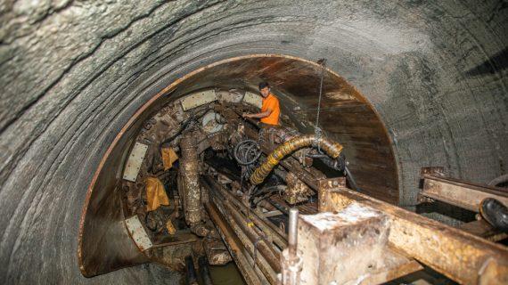 پایان موفقیتآمیز حفاری تونل بلند انتقال آب پروژه اومااویا در کشور سریلانکا